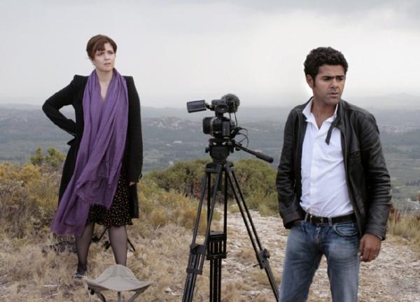 Agnes Jaoui and Jamel Debbouze as Agathe and Karim