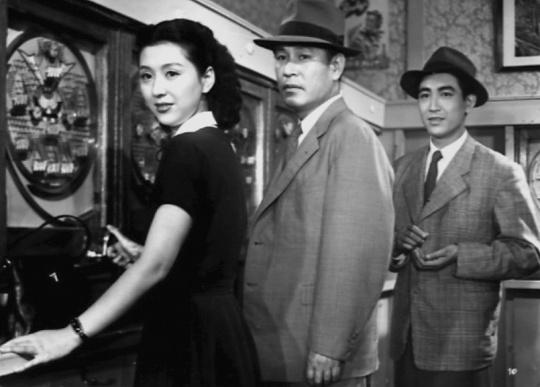 In the pachinko parlour: Setsuko, Mokichi and Non-Chan
