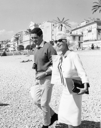 Jacques Demy and Jeanne Moreau on location for Baie des anges © Raymond CAUCHETIER / 1993 CINE TAMARIS