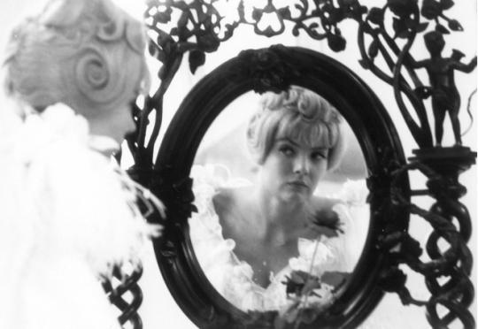 Lady in Waiting: <i>Cléo de 5 à 7</i>