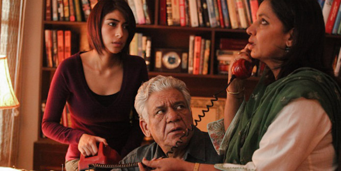The Khan family in Lahore with Om Puri and Shabana Azmi as the parents and Meesa Shafi as Bina (Changez' sister).