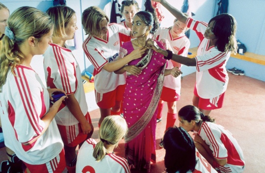 bend it like beckham uk narrative genre and  bend it like beckham uk 2002 narrative genre and representation