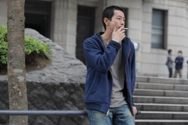 Kase Ryo as Noriaki, the fiancé