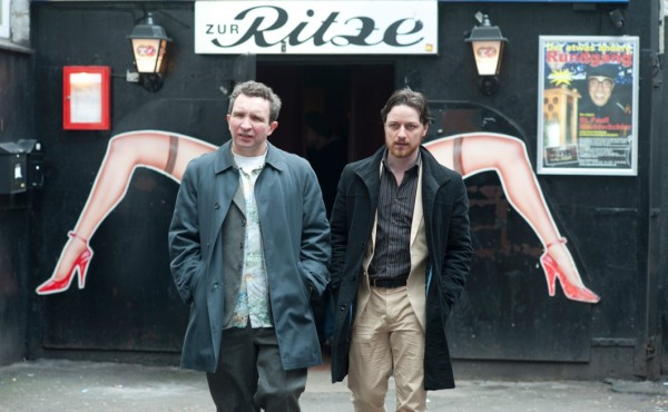 Bladesy (Eddie Marsan) and Bruce (James McAvoy) on the Reeperbahn in Hamburg.