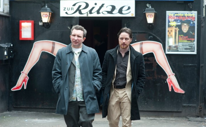 Bladesy (Eddie Marsan) and Bruce (James McAvoy) on the Reeperbahn in Hamburg.