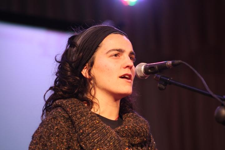 Bertsolaria Maialen Lujanbio in performance