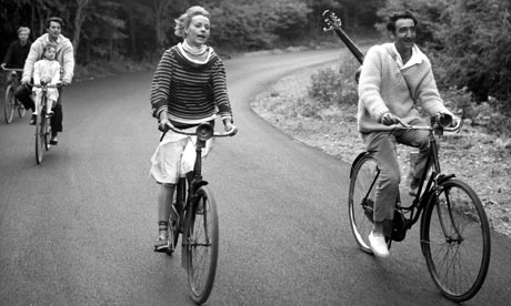 Jeanne Moreau with Oskar Werner and ? in JULES ET JIM (d. François Truffaut 1961)