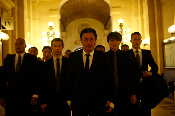The Korean gangsters headed by Choi Min-sik