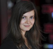 Teodora Ana Mihai, <>