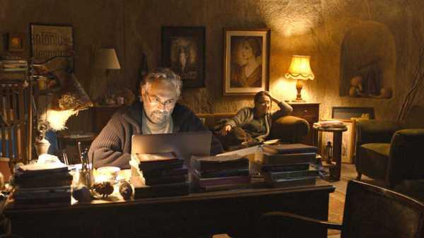 The warm interior of the hotel – Aydin (Haluk Bilginer) and his sister, Necla (Demet Akbağ)