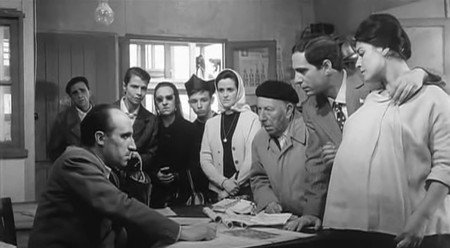 José Luis with his pregnant wife Carmen and his father-in-law tries to secure a new apartment.