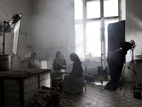 An image from the blog by 'BB' demonstrating the use of lighting set-ups in the kitchen scene at the convent (see below).