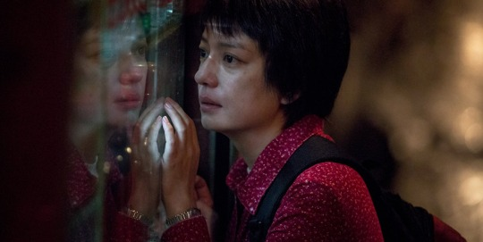 Zhao Wei as the woman fighting for her 'family' in DEAREST.