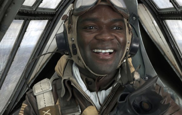 David Olewoyo as Joe 'Lightning' Little