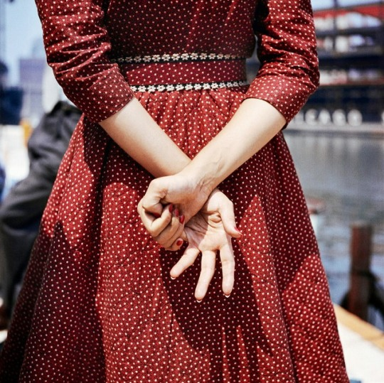 Vivian Maier 1956 from: http://www.vivianmaier.com/gallery/color-1/#slide-4