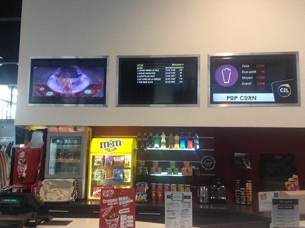 The cinema is now a multiplex showing popular French and American films on its five screens. Armentières is a small town in Picardy with a population of 25,000 within commuting distance of Lille centre.
