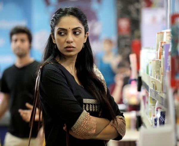 Sobhita Dhulipala as Simmy