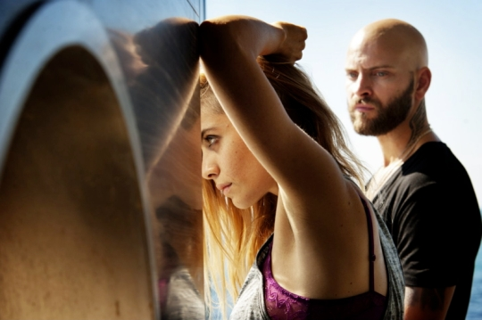 Greta Scarano asViola and Alessandro Borghi as 'Numero 8'.