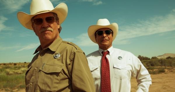 Jeff Bridges (left) and Gil Birmingham as the Texas Rangers
