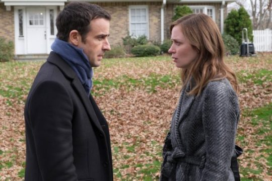 Tom (Justin Theroux) and Rachel (Emily Blunt), the divorced couple . . .