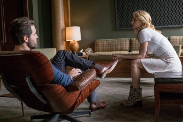 The psychiatrist, Dr Abdic (Edgar Ramírez) and Megan (Haley Bennett)