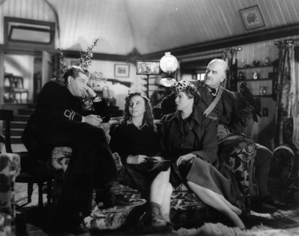 Torquil (Roger Livesesy), Catriona (Pamela Brown), Joan (Wendy Hiller) and the Colonel (Capt. Knight) in Catriona's house.