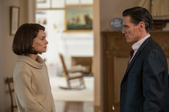 "Billy Crudup as ""The Journalist"" and Natalie Portman as ""Jackie Kennedy"" in JACKIE. Photo by William Gray. © 2016 Twentieth Century Fox Film Corporation All Rights Reserved"