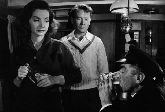 Fay (Elizabeth Sellars), Phillip (John Mills) and Fay's father